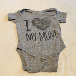 I 💙 Mom